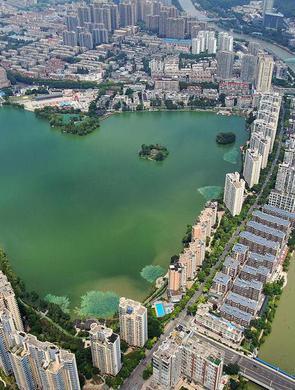 南京凭什么吸引人才 市委书记给出答案