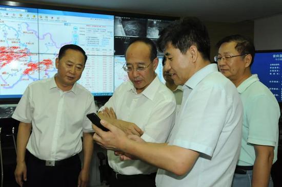 吳靖平夜間再次視頻調度全省各地強降雨防御工作