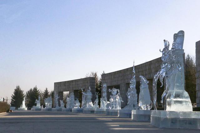 """冰雪和艺术的融合 """"长春雕塑冰雪天地"""""""