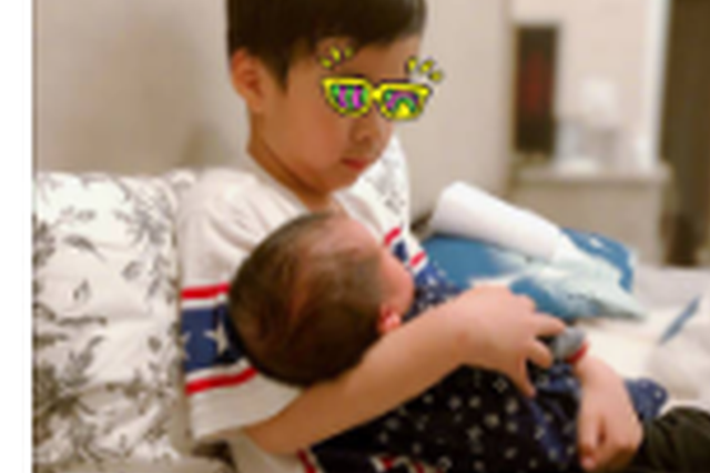 陈楚生宣布二胎得子喜讯 甜蜜告白老婆:辛苦啦