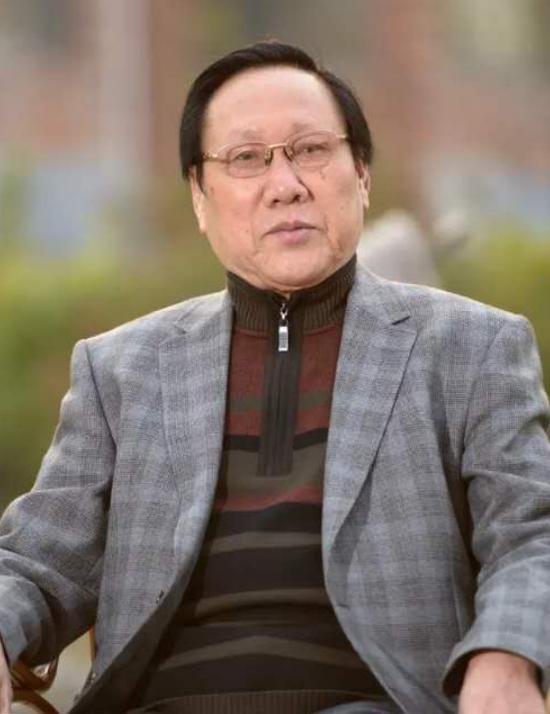 一代翘楚·中国当代艺坛榜样人物 ——记当代著名书画家吴金满