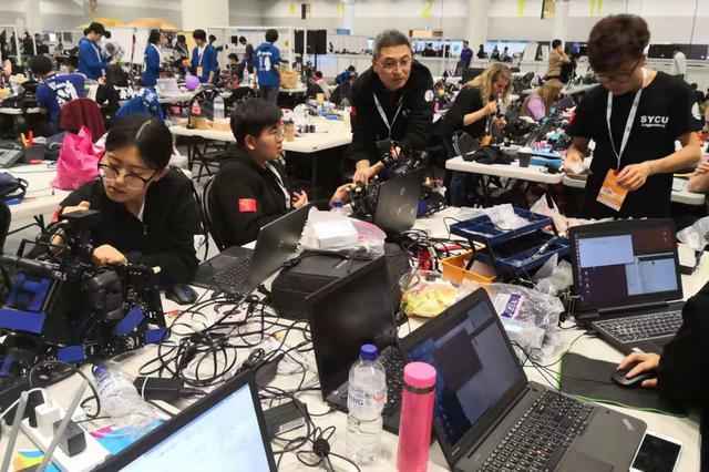 沈阳城市学院勇夺足球机器人世界杯第四名
