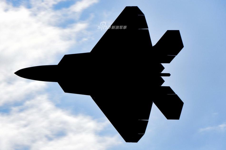 �y.����Z��yK^[�_猛禽斗肥电!美空军f22与挪威皇家空军f35模拟空战