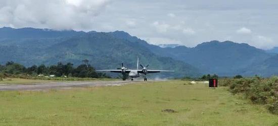 印度空军在藏南地区启用新机场 可起降重型军机