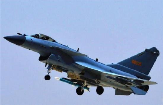 新系统提高了歼-10C对抗隐身目标的能力