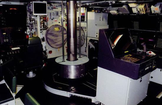 苍龙级潜艇作战指挥中心内景图