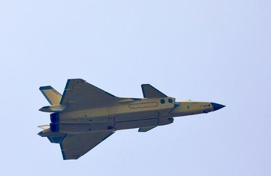 歼20歼10C换国产航发试飞 我战机动力依赖进口成历史