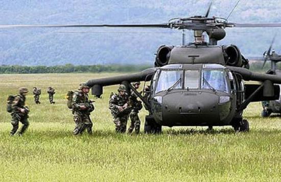 美国暗鹰直升机被普及行使