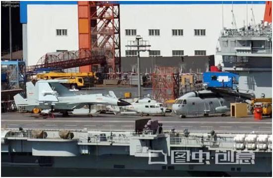 罕见!中国歼15D战机模型现身航母甲板
