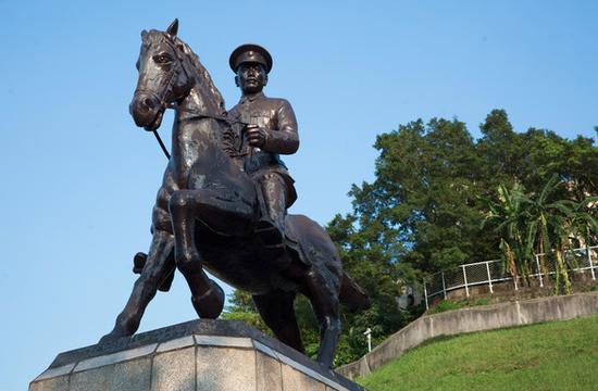 蒋介石铜像 (图源:东森信息云)