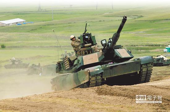 台军证实将购美100辆M1A2坦克 蔡英文对此相当支持