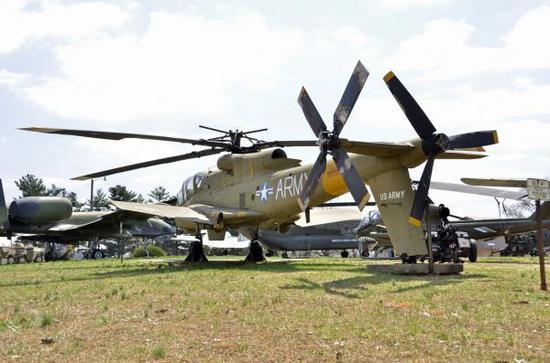复相符推进直升机早在美国YAH-56研制时期就已经挑出,但是与卡莫夫局这个方案相比就显得破旧落伍了