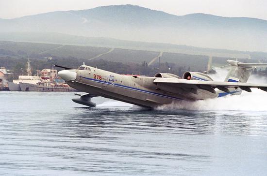 """""""A-40""""水上飞机将于21世纪20年代初迎来新生。"""