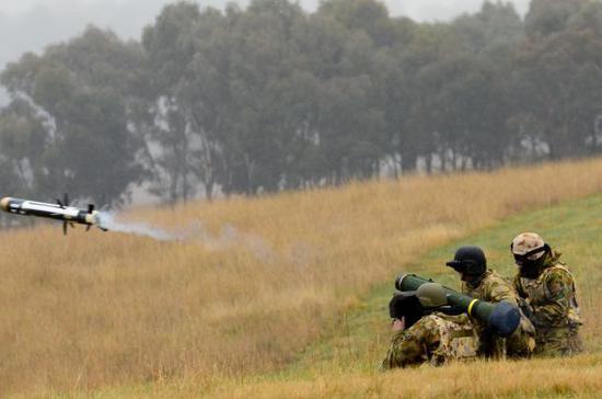 澳军试射标枪导弹