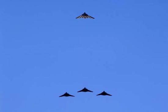 (图源:U.S。 Air Force Photo /SSgt Jason Colbert)