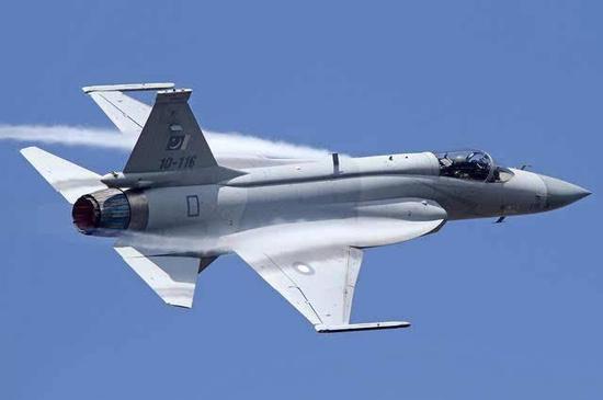 巴基斯坦JF-17战斗机