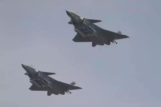 歼-20目前只供中国空军自用
