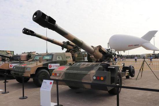 辅推式66式152毫米添榴炮