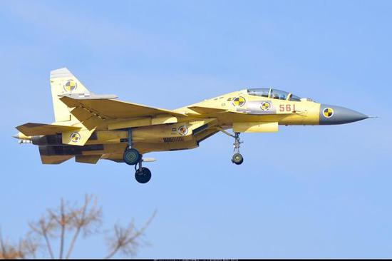 图片:歼-15BS不是一个矮成本可不息的选择