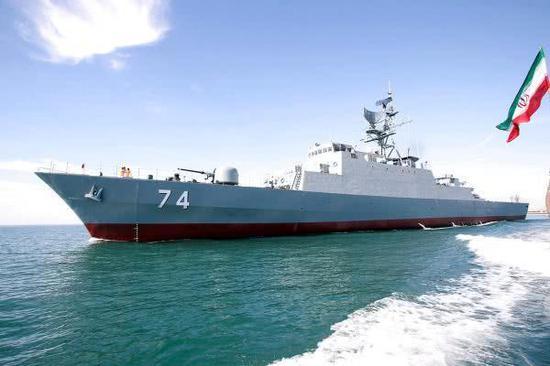 """伊朗海军""""萨汗德""""号驱逐舰"""