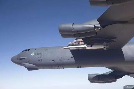 美国试验X-51A拙劣音速武器