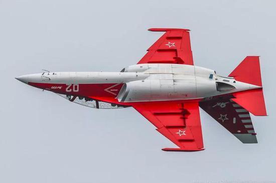 雅克130是雅克设计局的杰作,飞机设计非常优秀