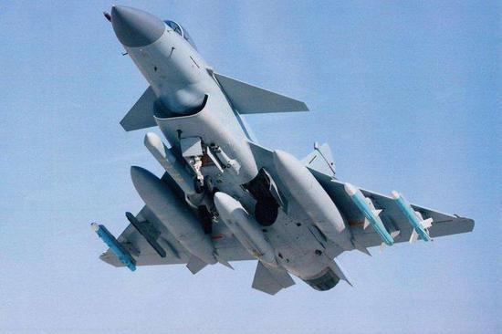 歼-10C战斗机