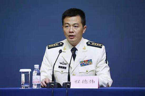 海军新任新闻发言人程德伟。澎湃新闻记者 赵昀 图