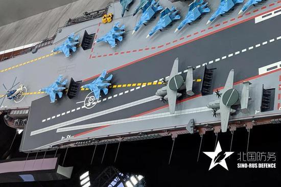 """△""""海牛""""采用了弹射起飞设计,这背后是俄发展航母需要突破的一道道技术难关"""