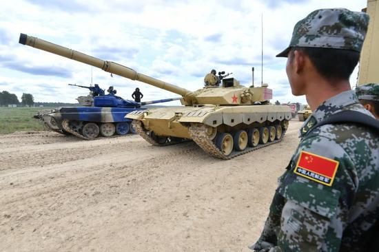 中国96B坦克亮相坦克两项赛场 叙利亚或成强劲对手