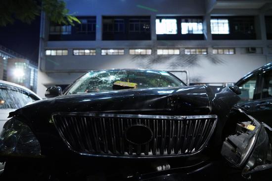 警署内被损毁车辆