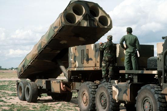 """美军陆基""""战斧""""巡航导弹资料图。"""