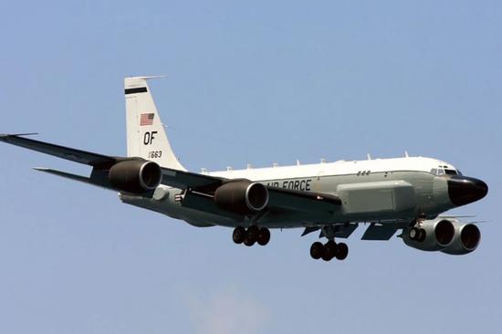 港媒:美军机多次抵近 中国虽不能击落但一直在计数