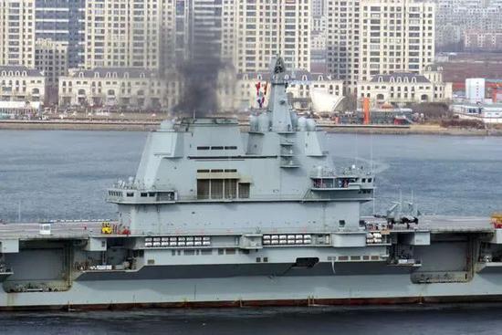 002航母末了一次海试将试验歼-15