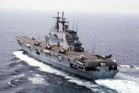 图片:加里波第号轻型航母