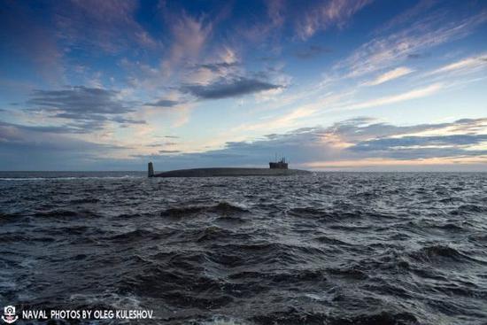 俄最新战略核潜艇亮相