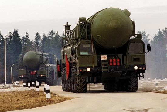 中國導彈專家:戰略武器領域軍備競賽大幕已經拉開