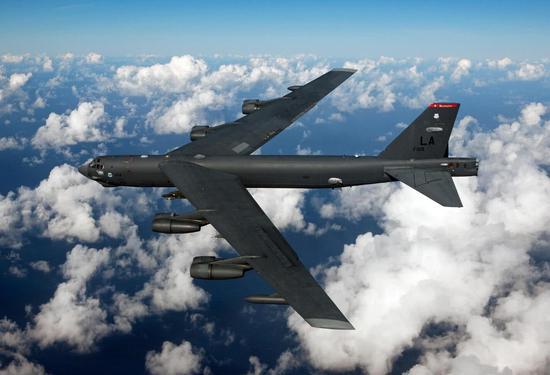 "B-52H""同温层堡垒""战略轰炸机(图源:波音公司)"
