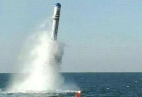 官方纪录片公布的疑似巨浪2试验画面