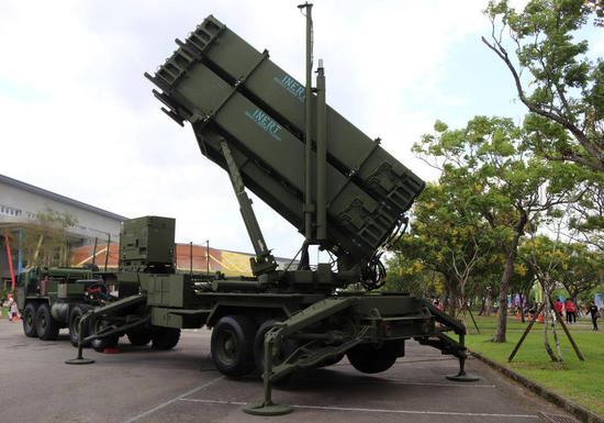 """资料图:台军购买的""""爱国者""""防空导弹"""