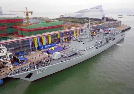 深圳舰可是当初的神州第一舰,开启了多少人的海军梦想