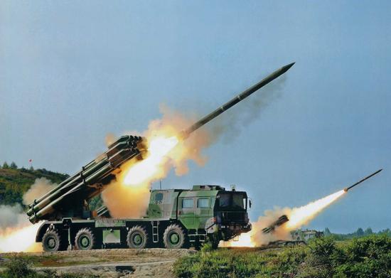 300毫米火箭弹的射程远超GMLRS