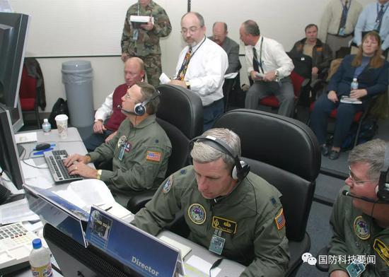 美称海外基地无法防御中国导弹齐射 提出8大应对措施