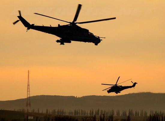 俄軍大批武直抵達敘利亞 將啟用第三個軍事基地