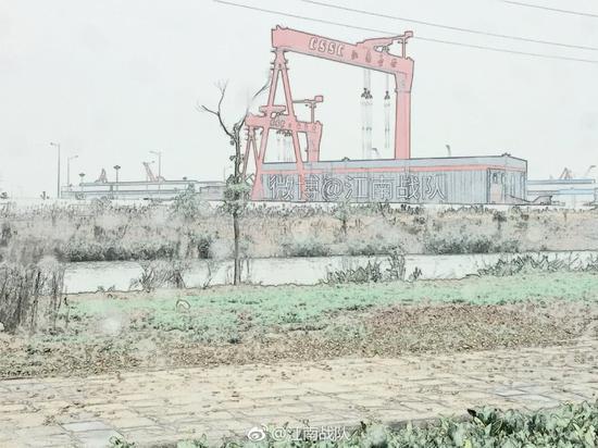 """转自公多微信号""""航母战队"""",微信号:顽皮偏差(yangwansan1) 拍摄"""