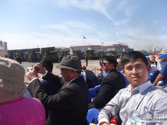 2015年9·3阅兵,王炳忠在观礼台上