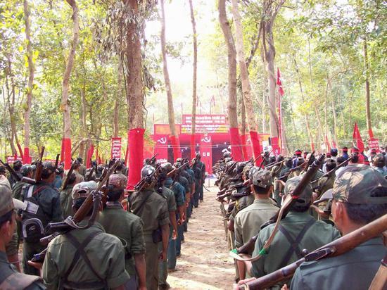 纳萨尔派反政府武装分子资料图 图片来自印度网站Northlines