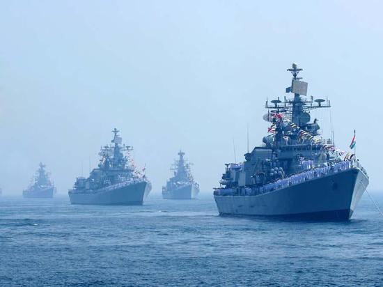 印度航母核潜艇齐出动 印专家叫嚣对手不是巴基斯坦
