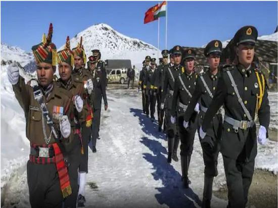 印媒:中国军人在实控线附近练射击 给印军制造压力