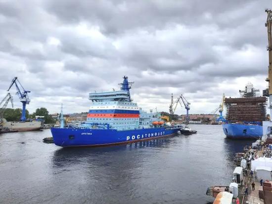 俄制造世界最大核动力破冰船将服役 美已落后好几年
